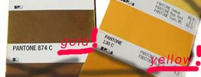 Normaler Druck goldgelb vs. Metallic-Druck (Pantone® Farbscala)